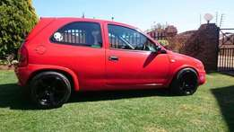Opel Corsa 1.4 lite for sale in good condition R7999price