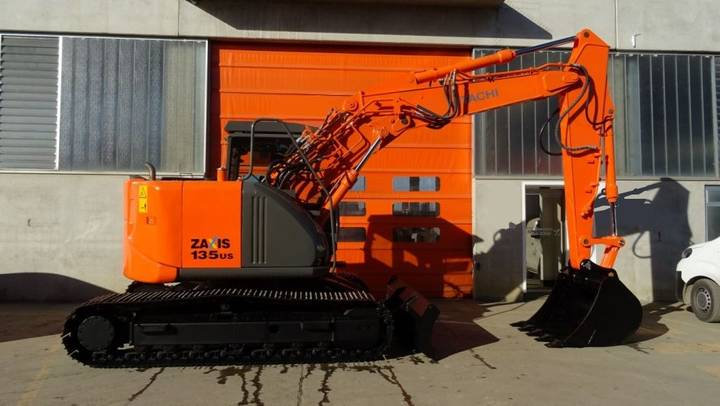 Hitachi ZX 135US-3 - 2011