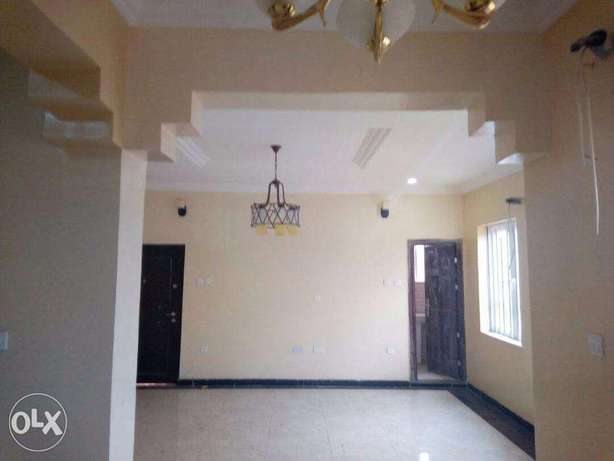 Executive 2 Bedroom Flat at Magodo GRA Lagos Mainland - image 2