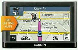 """Garmin nuvi 52LM GPS , Free lifetime Maps and traffic, 5"""" touch."""