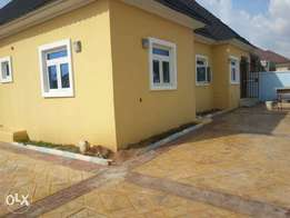 Nicely finished AWOOF 3bedroom fully detached compound in lokogoma