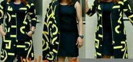 Lovely Gown with jacket and no pockets. Cheap price..negotiable