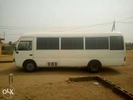 Clean buy and drive long chassis injector engine 2006 Toyota coaster