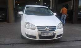 Vw jeta TDI 1.9 white in color DSG 2009 model 97000km R125000