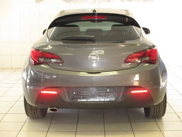2013 Opel Astra Gtc 1.6T Sport 3dr Centurion - image 8