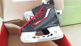 New - CCM Jetspeed 280 JR5 EE Hockey skates