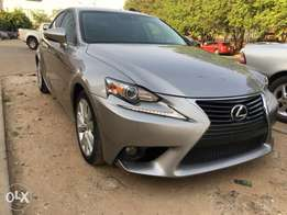 Lexus IS250 toks