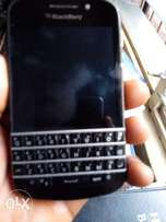 Blackberry Q10 neatly used for sale
