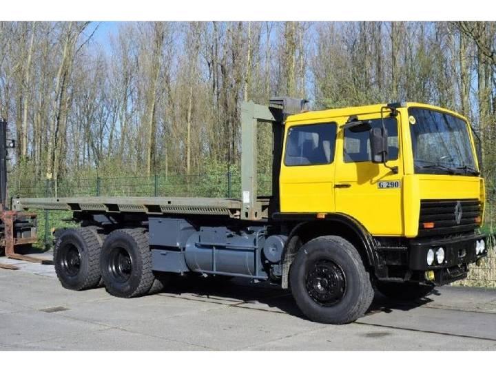Renault G290 FLATBED TRUCK