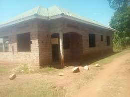 Shell house for sale in gayaza at 100m