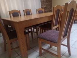 Dining set for sale in Sandton, Kew