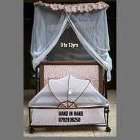 2 in 1 Baby bed(brand new)