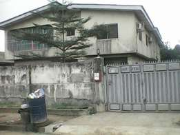 House With C/O For Quick Sale. (3bedrom flats ×2 and 2 bedrm flat×2).