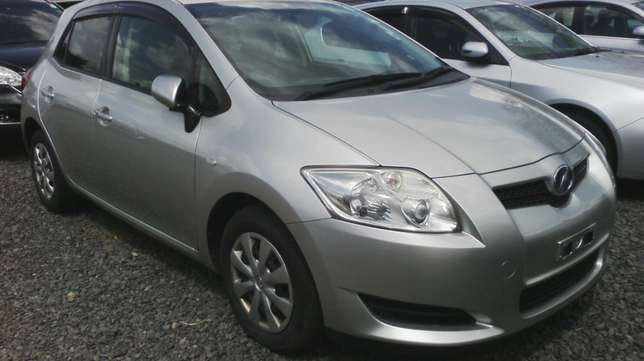 Toyota Auris,year 2009. Hurlingham - image 2