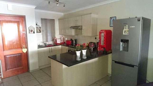 Flat to rent Sea Point - image 3