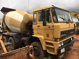 Mobile concrete mixers for sale in very good condition. Start and use