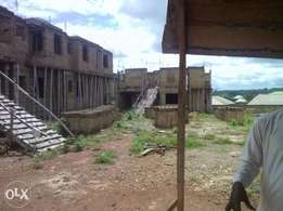 Awoof uncompleted 36rooms Hostel on10plots opp uni Ilorin For Sale