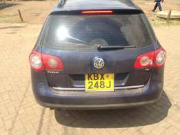 volkswagen blue 2008 make manual transmission in excellent condition