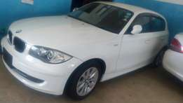 2010 BMW 116i with alloy rims