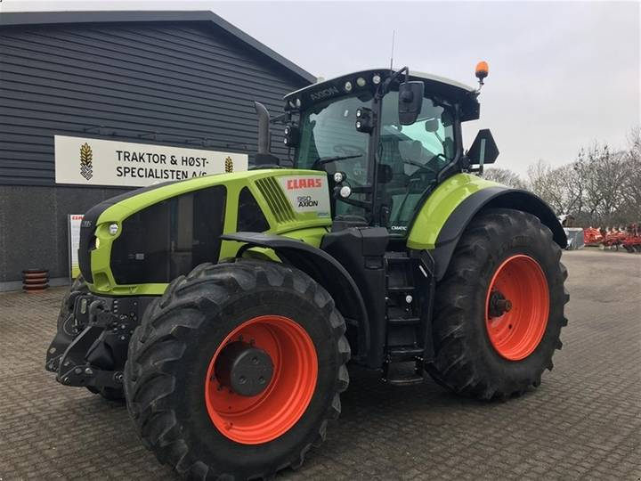 Claas AXION 950 - 2018