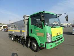 Isuzu Forward 10 tons truck brand new car