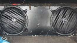 """2x10""""DLS subs in box R1000"""