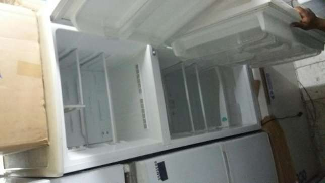 Sumsang big double fridges in perfect condition at affordable prices Nairobi CBD - image 2