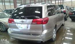 First body Toyota sienna 2004