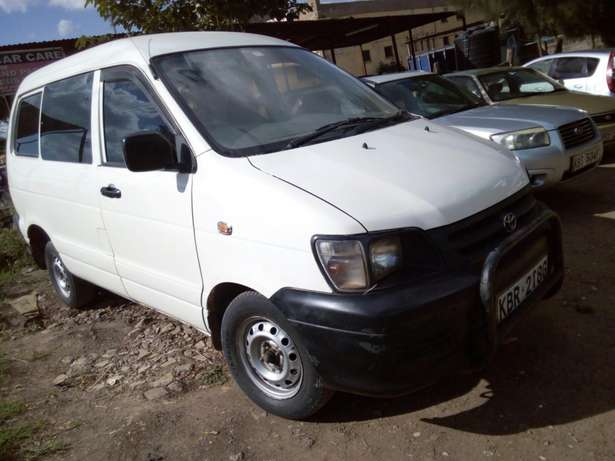 Toyota townace very clean South B - image 4