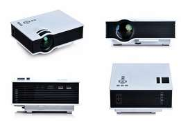 High definition projector ( UNIC 800 LUMEN)