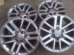 17 inch Toyota hilux Twin Spoke(Silver) With 265/65/R17 Discovery Coop