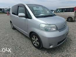Toyota Porte 1500cc with alloys, fog lights and screen