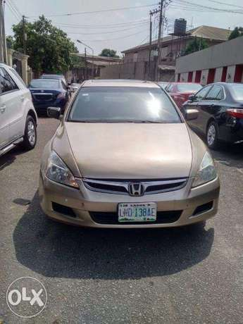 Registered Honda Acoord EXL. For Sale at affordable Price Lagos Mainland - image 4