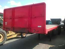Tri-Axle ready to work & well maintained
