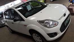 **2014 Ford Figo 1.4 Ambiente 5dr** Like new** Only 15900km**