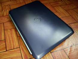 Latitude (Dell) Intel Core i5/6gb/320/keyboard light