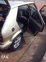 Golf 1.4 R40k negotiable or swop for a Microbus