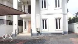 Luxury brand new 5Brm Detch duplex at Banana Island For Sale