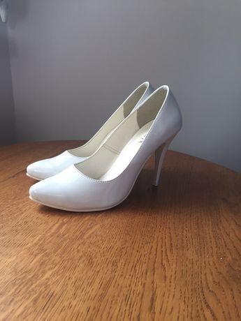Buty skóra szpilka r. 37 białe Produkt Polski wyprzedaż nowe