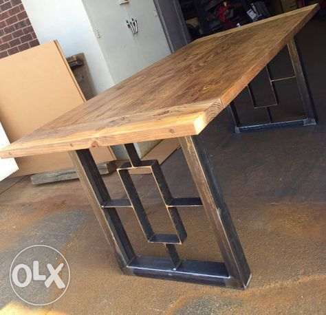 Old style wood and metal dining table طاولة سفرة ستايل قديم خشب وحديد
