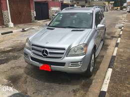 An ultra clean naija used 2008 kitted to 2012 Mercedes Benz gl450 4mat