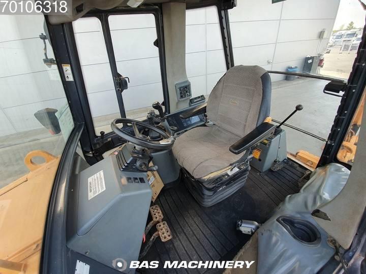 Case IH 580 SLE - 1999 - image 14