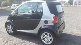 Automatic 2004 Smart Car with only 100 000km