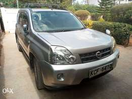 Nissan Xtrail lady driven