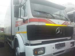 Tincan cleared tokunbo mercedes truck manual 25 tons