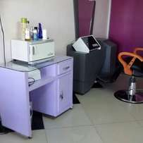 Beauty parlor /salon for sale /Moi avenue sports house area