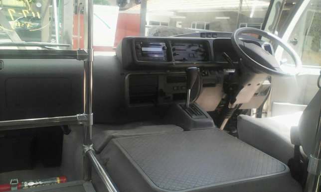 Just arrived very clean Toyota coaster bus on sale Nairobi CBD - image 5