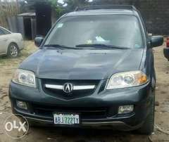 For sale, a clean and neatly use first body Acura MDX 2006 model
