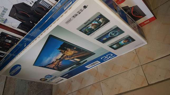 Offer offer on Samsung 32 digital tv with antenna Mwembe tayari - image 3