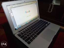 "Apple MacBook Air, 11"", Core i5, 1.3 GHz, 4GB RAM, Mid 2013"